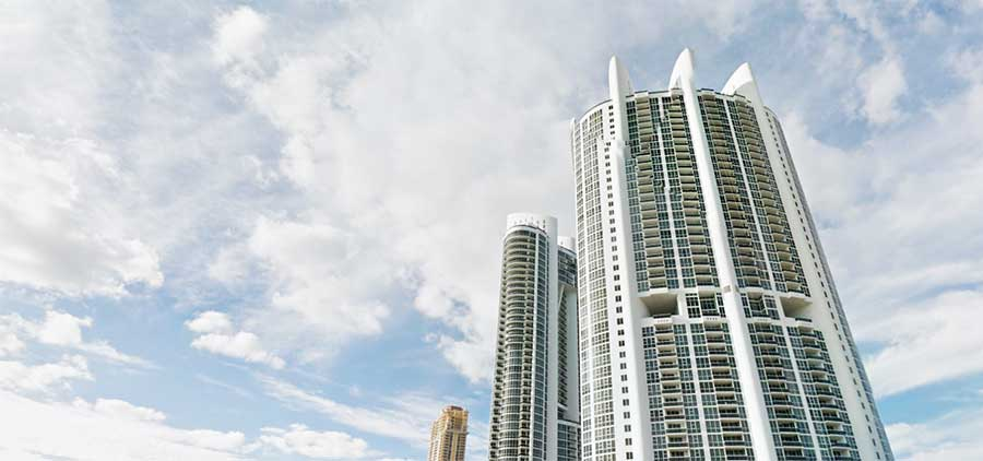 Aventura Park Square Condos for Sale and Rent